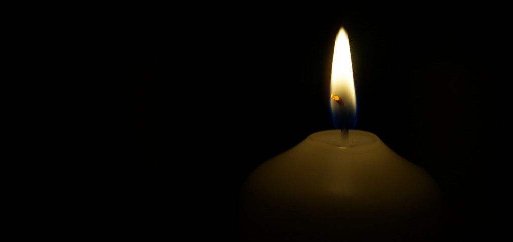 candle-558413_1280